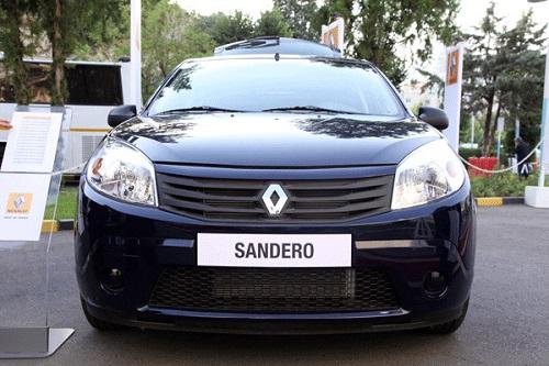 تولید 15 هزار خودروی رنو ساندرو در ایران تا پایان سال