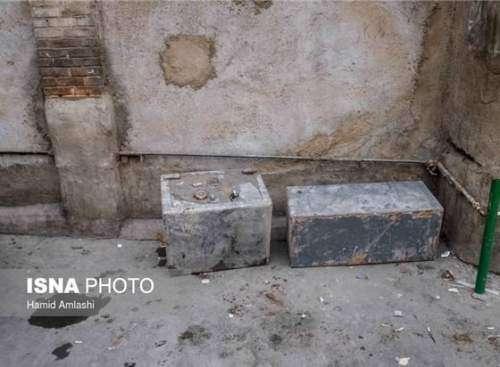 کشیک بر سر گاوصندوقهای مدفون