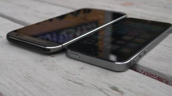 کدام یک دوربین قویتری دارد ؟ iPhone 5S یا HTC One M8 ؟