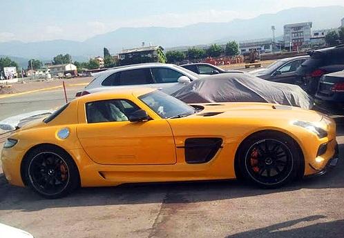 یکی از گرانقیمت ترین خودروهای جهان به ایران رسید
